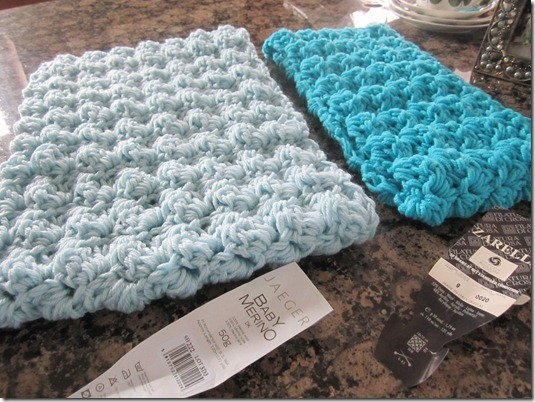 Quick Crochet Cowl Free Pattern : Quick, beautiful crochet cowl and pattern. - Charm & Whimsy